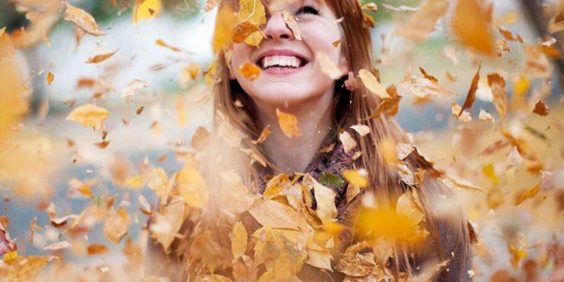 статусы про осень и хорошее настроение