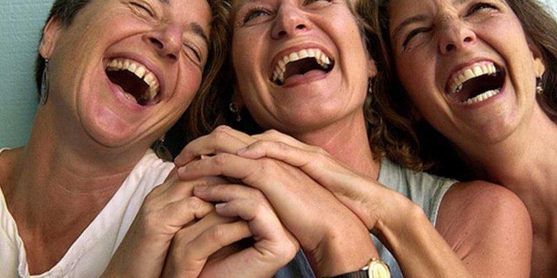 статусы про смех