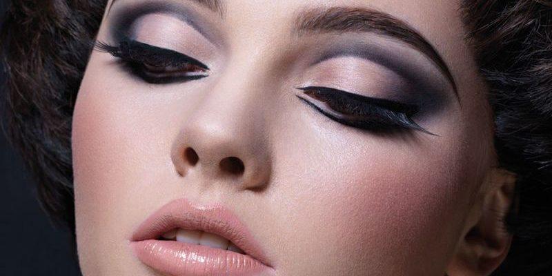 статусы про макияж